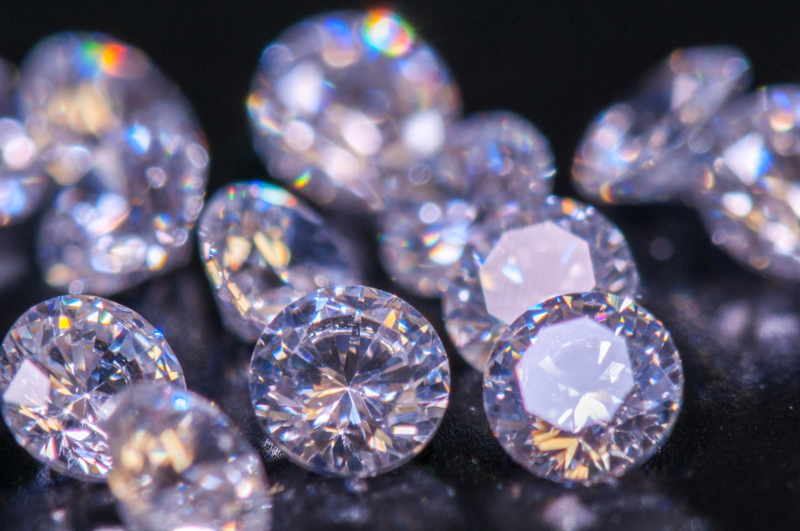 Totally different Strategies to Determine Gems