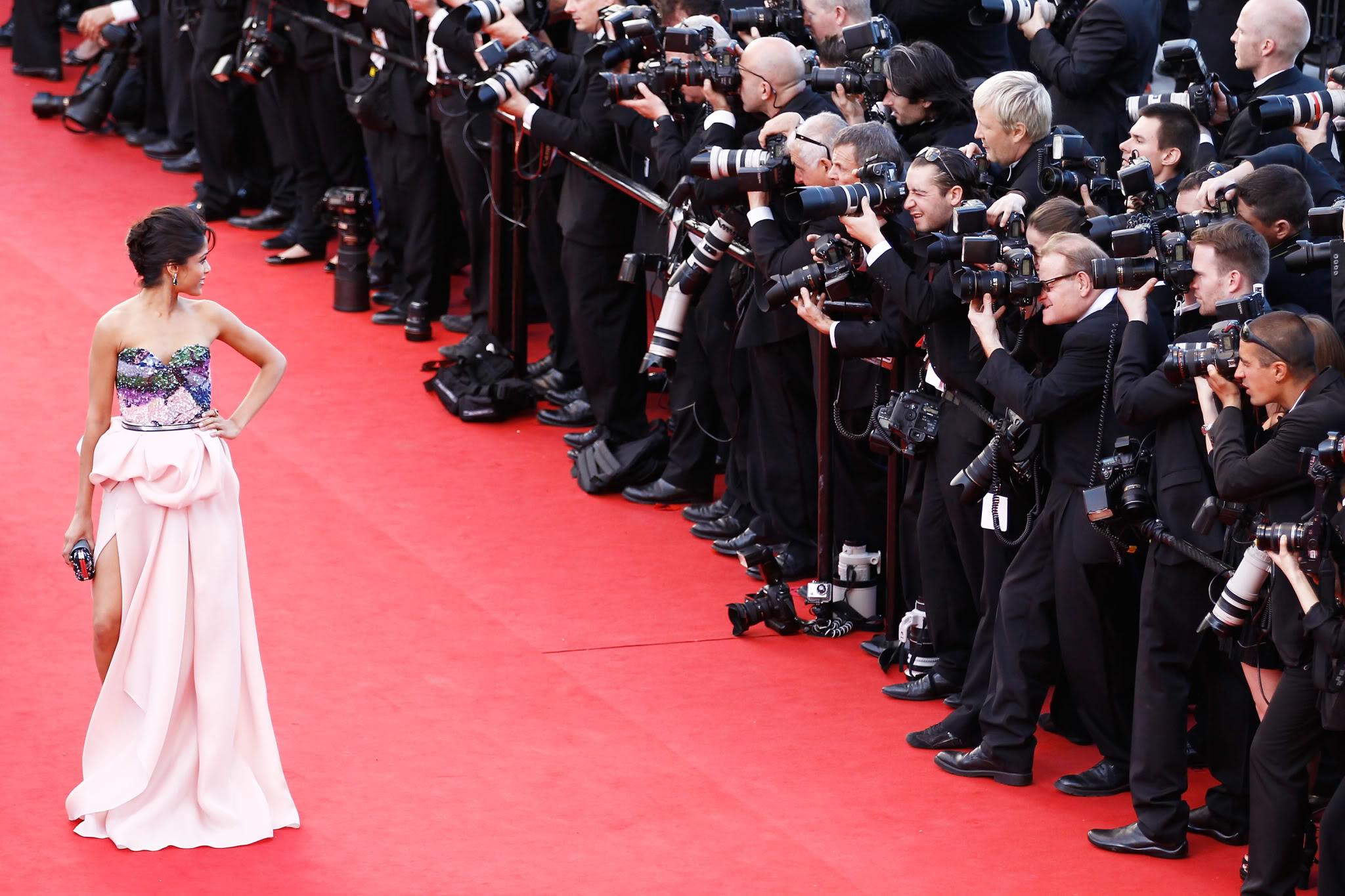 The Celeb Vogue Phenomenon: No matter Is So Alluring About It?