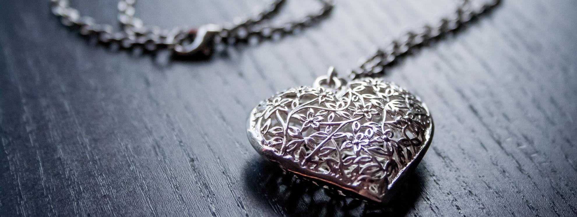 Your Excellent Dazzling Diamond Jewelry